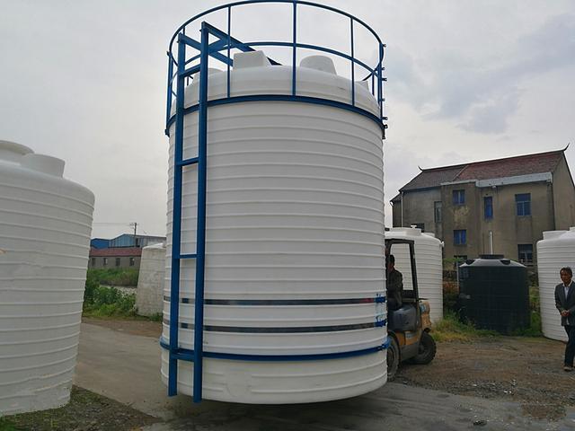塑料水塔厂家直供加厚20吨塑料水塔 10吨塑料水塔 5吨塑料水塔