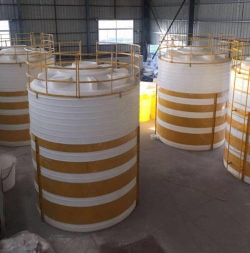 30吨防腐塑料储罐可按客户要求定制的30立方塑料水箱